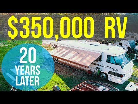 """TOUR OF OUR 20 YEAR OLD """"LUXURY"""" RV – Family of 7 living in FORETRAVEL Motorhome with NO SLIDES!!!"""