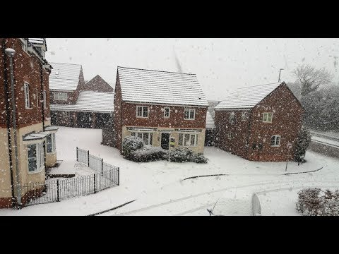 Snow hits the north of the UK continuing travel chaos after Storm Ciara